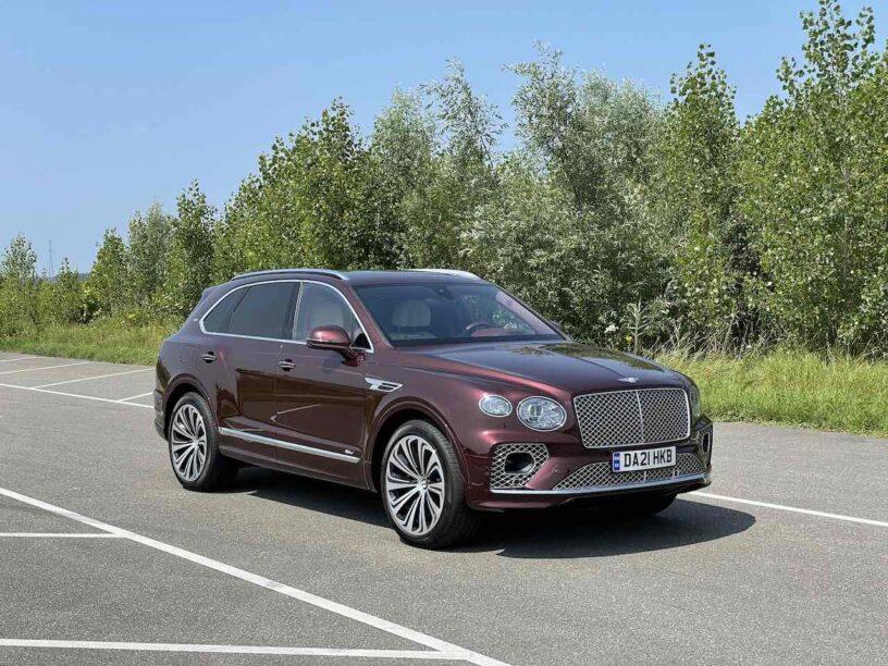 Bentley Bentayga Hybrid rijtest video