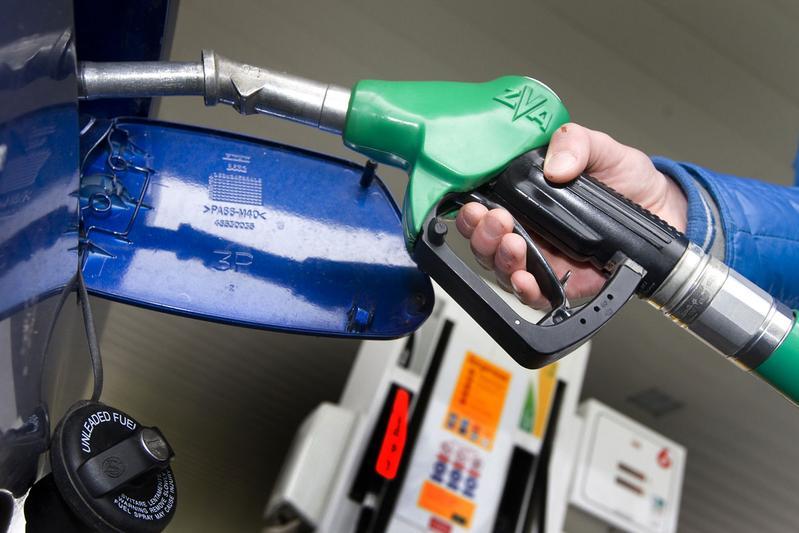 Benzine- en dieselprijs weer naar nieuw record